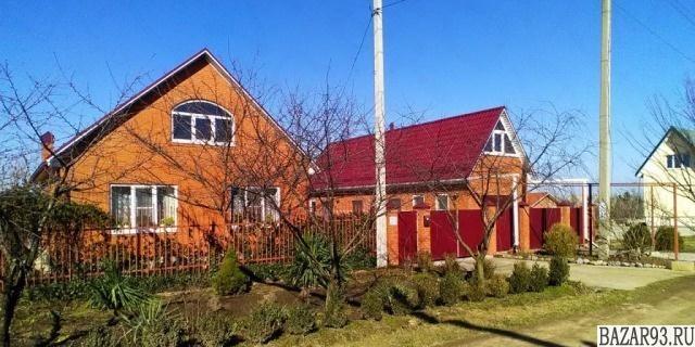 Продам дом 1-этажный дом 124 м² ( кирпич )  на участке 8 сот.  ,  в черте города