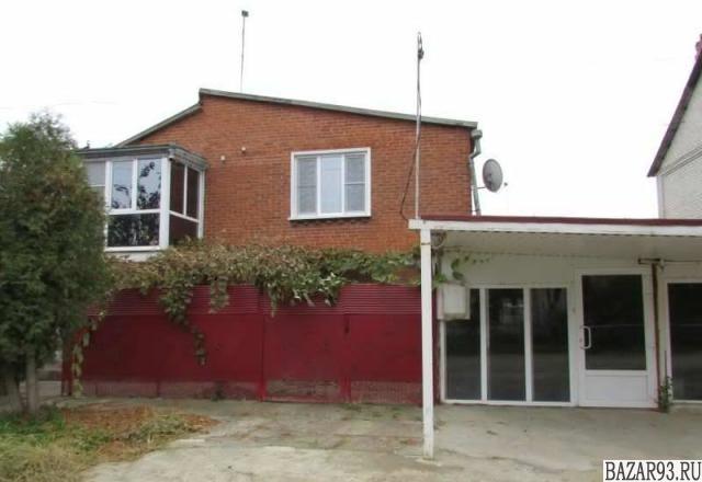 Продам дом 2-этажный дом 160 м² ( кирпич )  на участке 6 сот.  ,  7 км до города