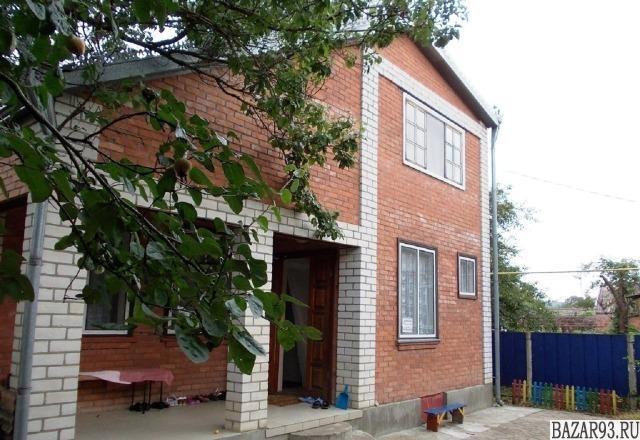 Продам дом 2-этажный дом 93 м² ( кирпич )  на участке 3 сот.  ,  в черте города