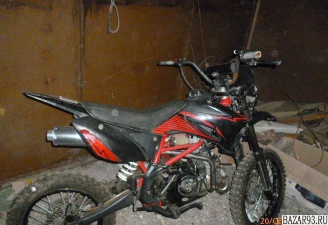 Продаю мотоцикл TTR-125 пробег километров 150