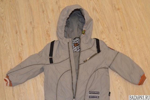 Куртка демисезонная на 2 - 5 лет