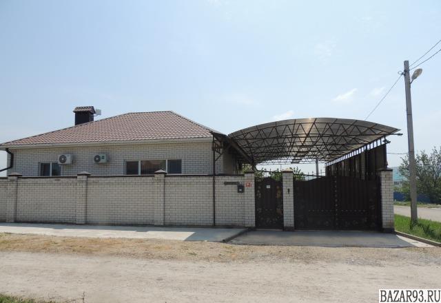 Продам дом 1-этажный дом 109 м² ( кирпич )  на участке 5 сот.  ,  8 км до города