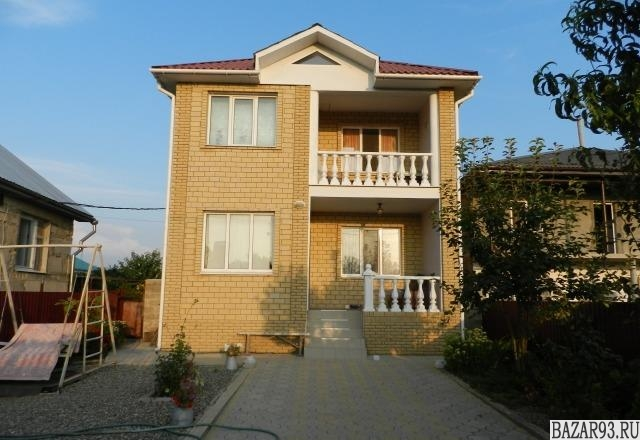 Продам дом 2-этажный дом 140 м² ( кирпич )  на участке 5 сот.  ,  9 км до города