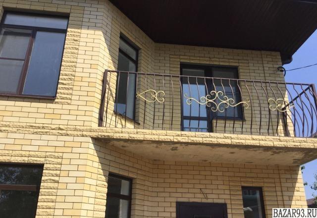 Продам дом 2-этажный дом 180 м² ( кирпич )  на участке 4 сот.  ,  2 км до города