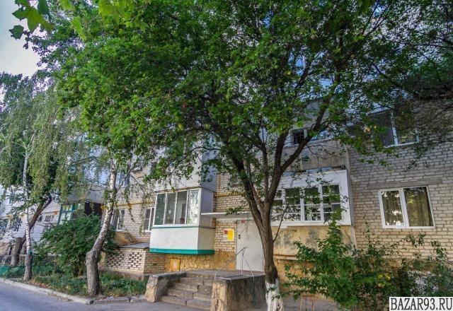 Продам квартиру 4-к квартира 80 м² на 4 этаже 5-этажного кирпичного дома