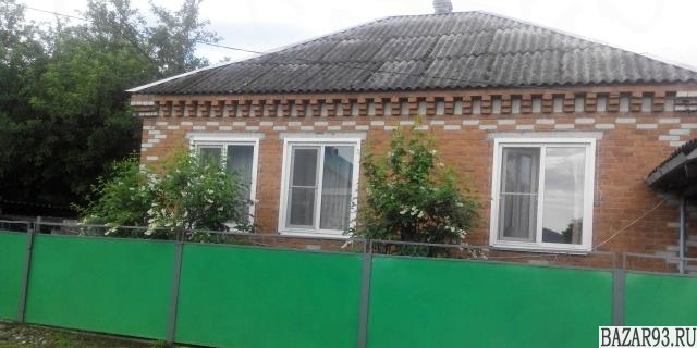 Продам дом 1-этажный дом 87 м² ( кирпич )  на участке 6 сот.  ,  20 км до города