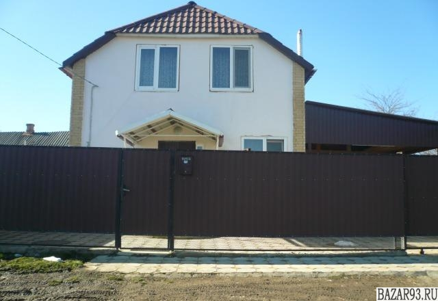 Продам дом 2-этажный дом 100 м² ( пеноблоки )  на участке 4 сот.  ,  в черте гор