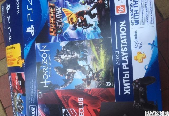 Продаю PS 4 slim