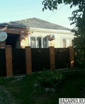 Продам дом 1-этажный дом 160 м² ( кирпич )  на участке 11 сот.  ,  в черте город