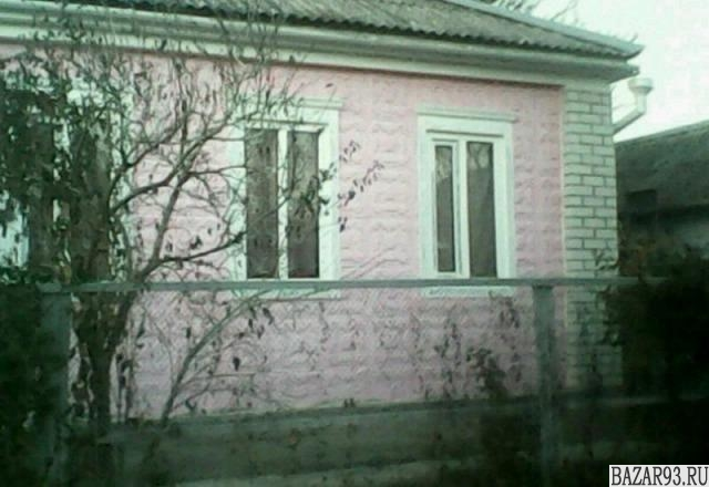 Продам дом 1-этажный дом 70 м² ( бревно )  на участке 4 сот.  ,  в черте города