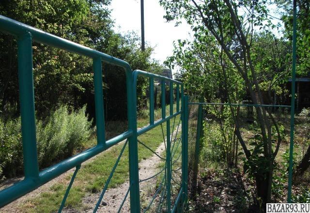 Продам дачу 1-этажный дом 20 м² ( кирпич )  на участке 5 сот.  ,  в черте города