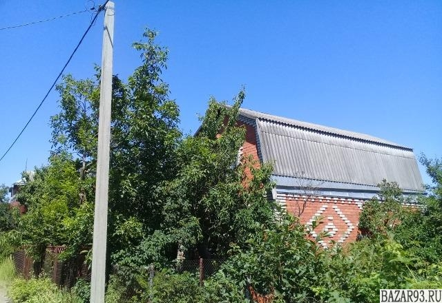 Продам дачу 2-этажный дом 100 м² ( кирпич )  на участке 5 сот.  ,  в черте город