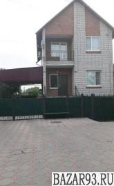 Продам дом 2-этажный дом 160 м² ( кирпич )  на участке 8 сот.  ,  25 км до город