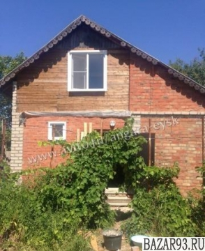 Продам дом 2-этажный дом 72 м² ( кирпич )  на участке 5 сот.  ,  в черте города