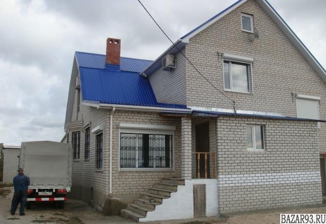 Продам коттедж 2-этажный коттедж 450 м² ( кирпич )  на участке 22 сот.  ,  10 км