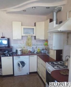 Продам квартиру 1-к квартира 53 м² на 5 этаже 6-этажного кирпичного дома
