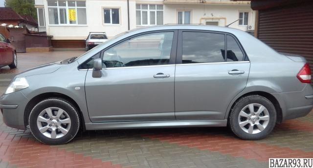 Nissan Tiida,  2013