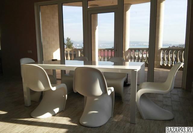 Продам дом 2-этажный дом 347 м² ( пеноблоки )  на участке 6 сот.  ,  в черте гор