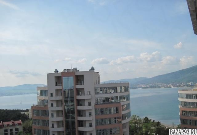 Продам квартиру 3-к квартира 120 м² на 14 этаже 15-этажного монолитного дома