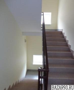 Продам квартиру 3-к квартира 91 м² на 3 этаже 4-этажного кирпичного дома