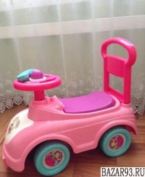 Машина - каталка