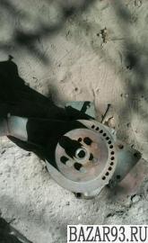 Помпа на мерседес ом 352