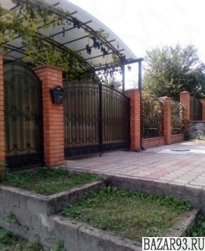 Продам дом 1-этажный дом 110 м² ( кирпич )  на участке 9 сот.  ,  в черте города