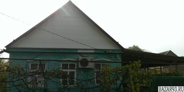 Продам дом 1-этажный дом 70 м² ( кирпич )  на участке 6 сот.  ,  в черте города