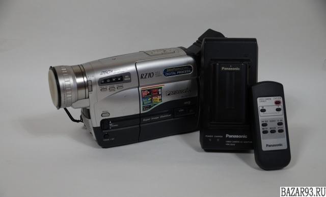 Panasonic rz10 + Сумка sony для видеокамеры