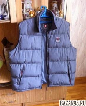 Куртка (безрукавка)