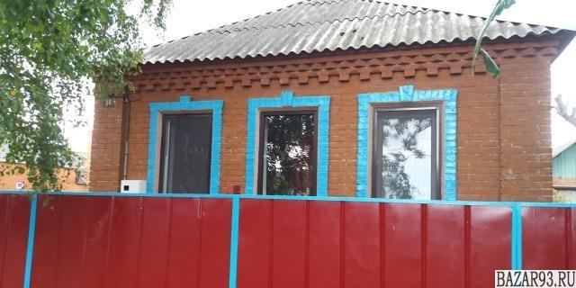 Продам дом 1-этажный дом 73. 1 м² ( кирпич )  на участке 9. 3 сот.  ,  в черте г