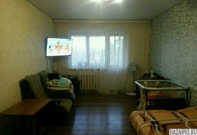 Продам квартиру 3-к квартира 60 м² на 3 этаже 3-этажного кирпичного дома