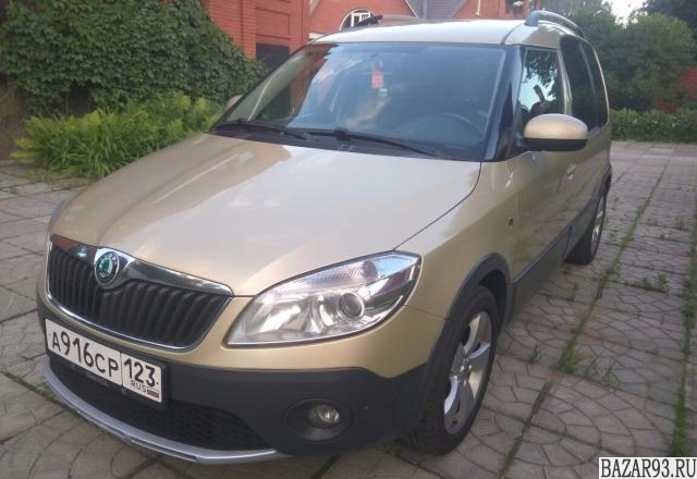 Skoda Roomster Scout,  2011