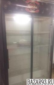 Холодильник 2 дверный в идеальном состояние 120см