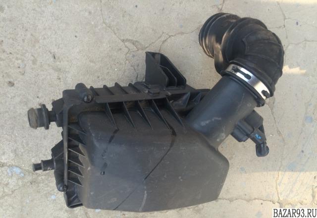 Крышка воздушного фильтра Шевроле Кобальт Cobalt
