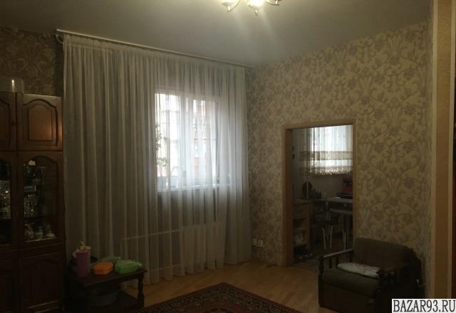 Продам квартиру 4-к квартира 100 м² на 1 этаже 5-этажного кирпичного дома