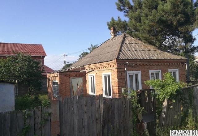 Продам дом 1-этажный дом 60 м² ( кирпич )  на участке 5 сот.  ,  в черте города