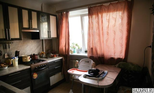 Продам квартиру 3-к квартира 80 м² на 3 этаже 4-этажного кирпичного дома