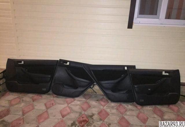Дверные обшивки на тойоту Авенсис 250