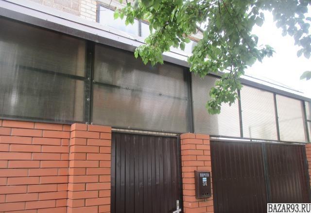 Продам дом 2-этажный дом 140 м² ( пеноблоки )  на участке 5 сот.  ,  в черте гор