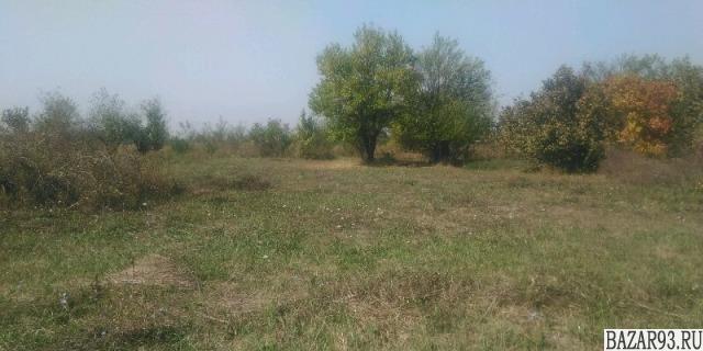 Продам участок 8 сот.  ,  земли сельхозназначения (СНТ,  ДНП)  ,  6 км до города