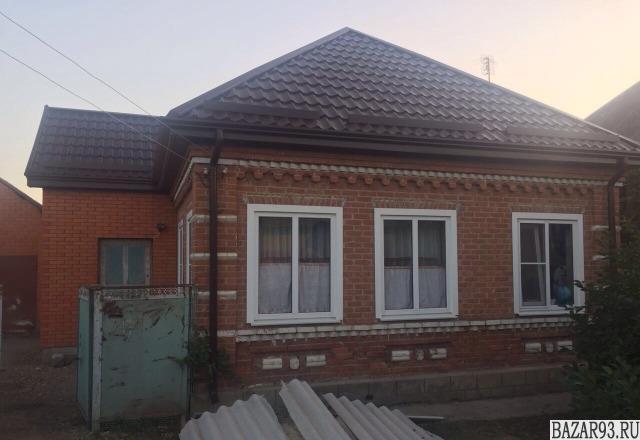 Продам дом 1-этажный дом 65 м² ( кирпич )  на участке 8 сот.  ,  в черте города