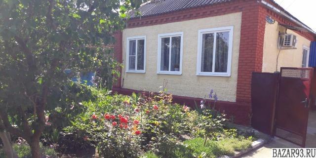 Продам дом 1-этажный дом 70. 5 м² ( кирпич )  на участке 6 сот.  ,  в черте горо