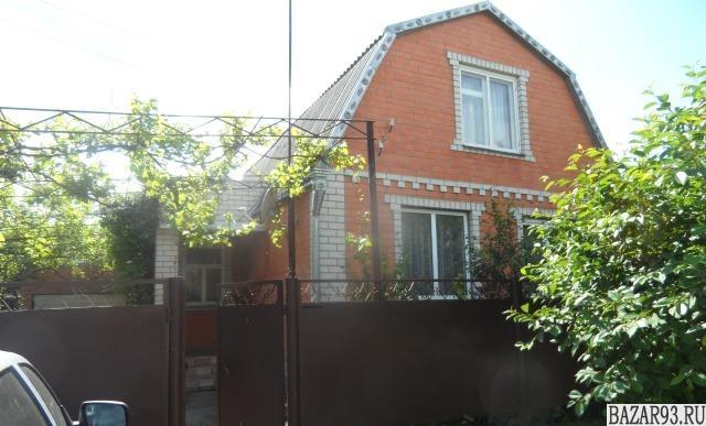 Продам дом 2-этажный дом 85 м² ( кирпич )  на участке 11 сот.  ,  10 км до город