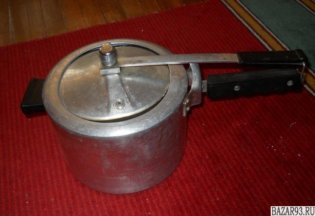 Скороварка и сковорода