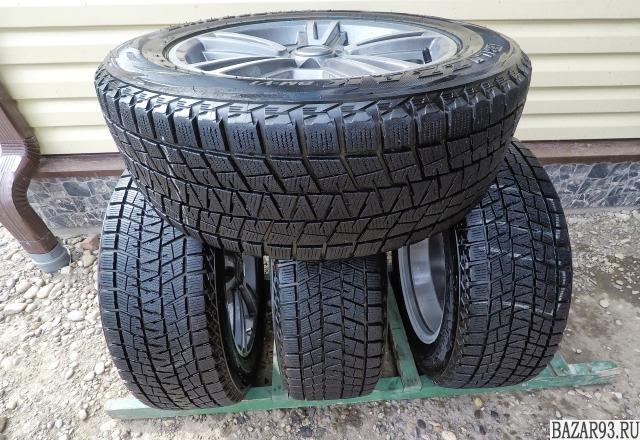 Зимние шины Bridgestone Blizzak DM-V1 почти новые