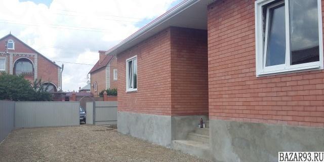 Продам дом 1-этажный дом 120 м² ( кирпич )  на участке 7 сот.  ,  в черте города