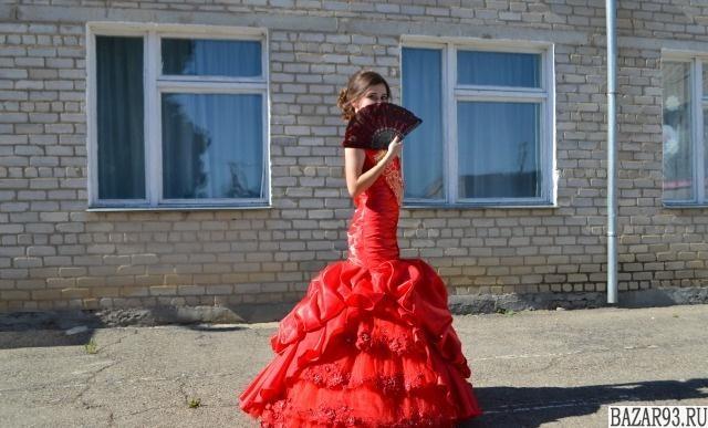 Платье для выпускного,  свадьбы,  торжества