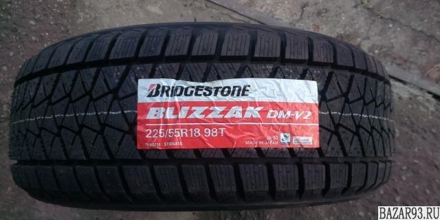 225/55R18 Bridgestone Blizzak DM-V2