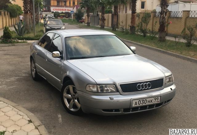 Audi S8,  1999